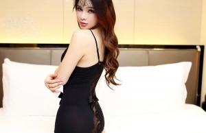 蕾丝吊带开档露乳激情套装 透视极度诱惑制服女骚(货号:E2017)